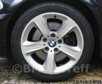 Τροχός της BMW 137