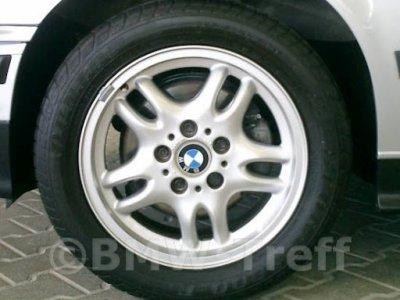 Estilo de rueda de BMW 30