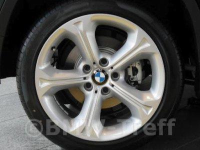 BMW wheel style 320