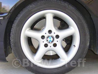 BMW tekerlek stili 18