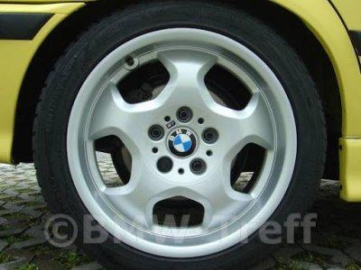 BMW pyörätyyppi 23